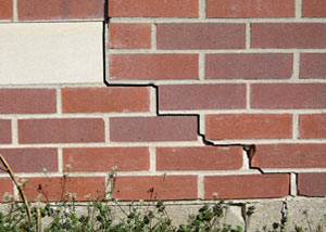 a foundation wall crack on a Corryton home.